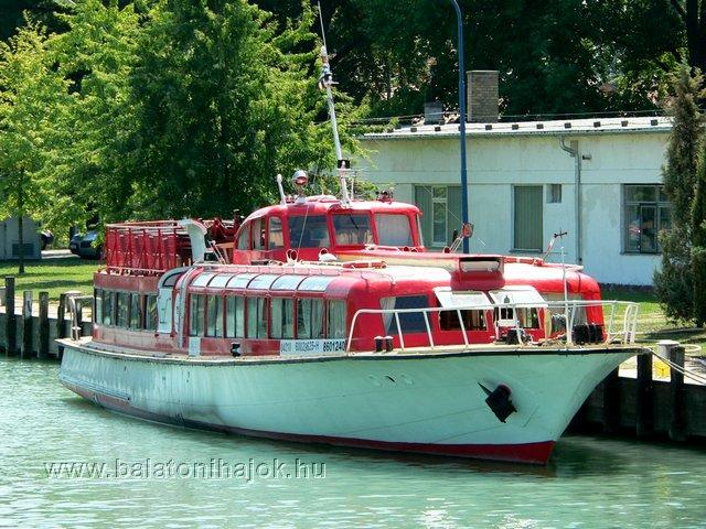 AKALI motoros személyhajó