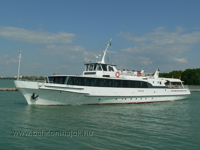 FONYÓD motoros személyhajó