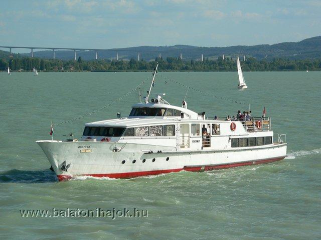 KESZTHELY motoros személyhajó