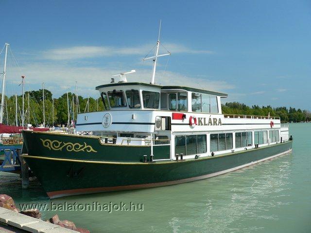 KLÁRA motoros személyhajó